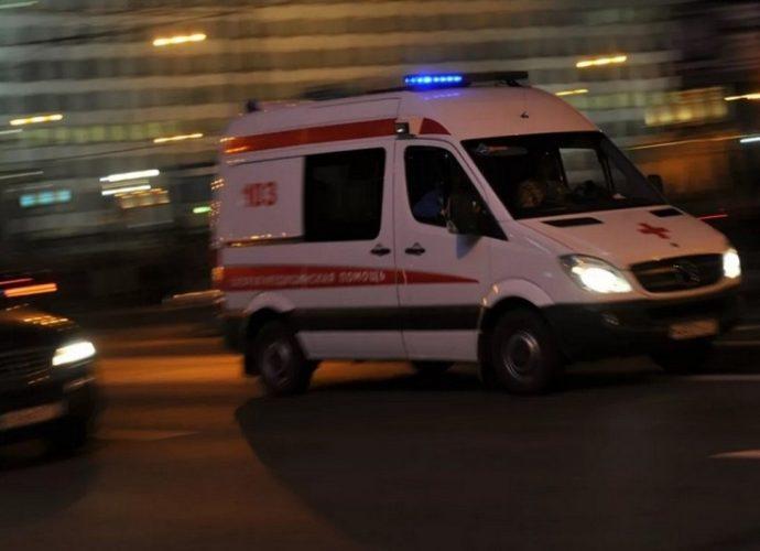 В Брянске возле Майского парка лихач на иномарке сбил двух 30-летних женщин