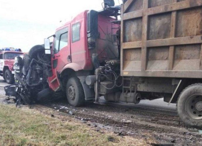 авария-Севский район-трасса Украина-микроавтобус-грузовик-погибшие-23102020-4